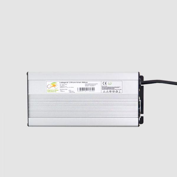 Caricabatterie 44V per Li-Ion (12s) - 6A