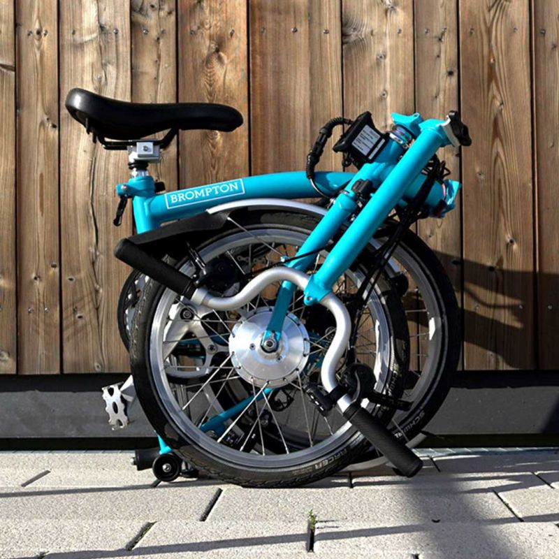 media/image/More-Brompton-electrified_1by1_1.jpg