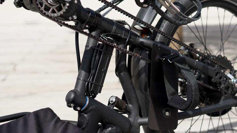 media/image/Handbike_01-Controller-cong01_Bergfex-500-W-Ebike-Umbausatz.jpg